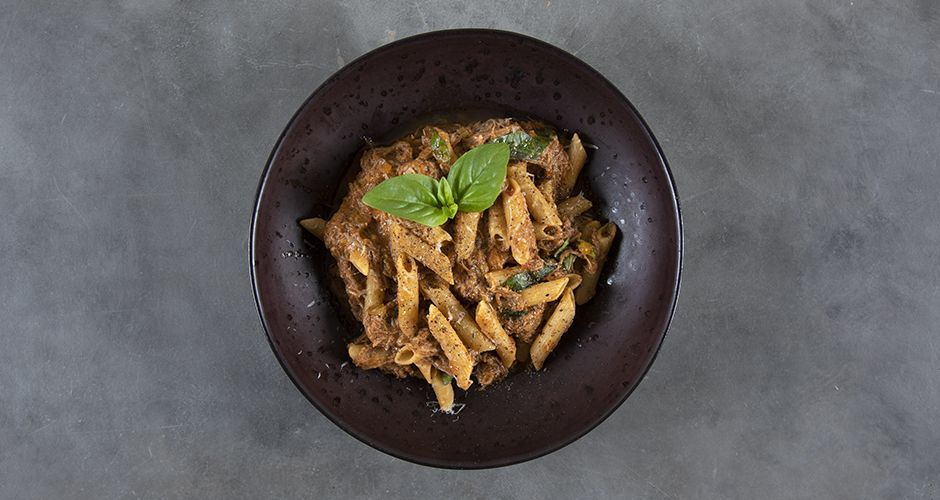 Healthy penne with braised beef (high protein)