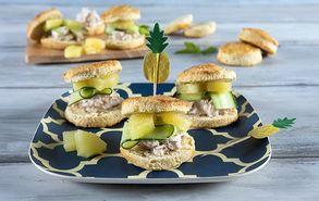 Recipe thumb almiro scone me kotopoulo kai anana site