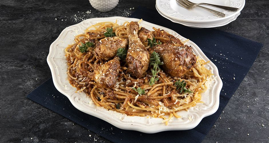 Greek chicken and pasta – Pastitsada