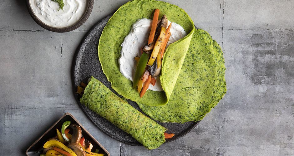 Spinach crepes with roasted vegetables