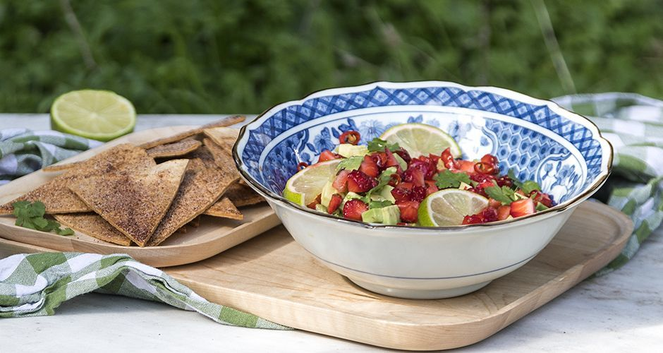 Strawberry and avocado salad with sweet tortilla chips
