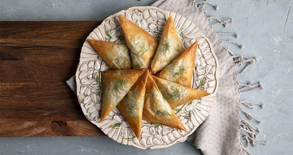 Greek vegan spinach triangles
