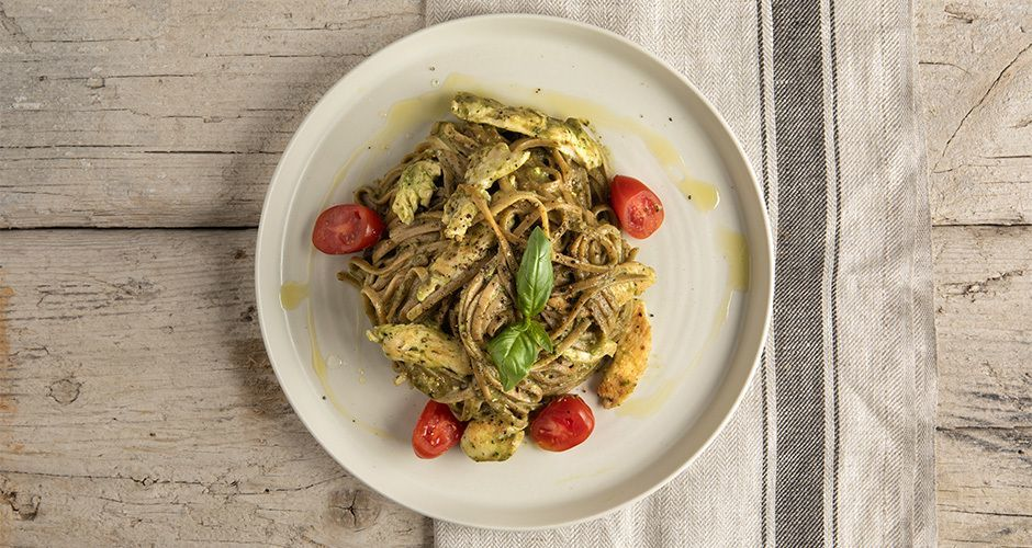 Whole-wheat pasta with avocado pesto