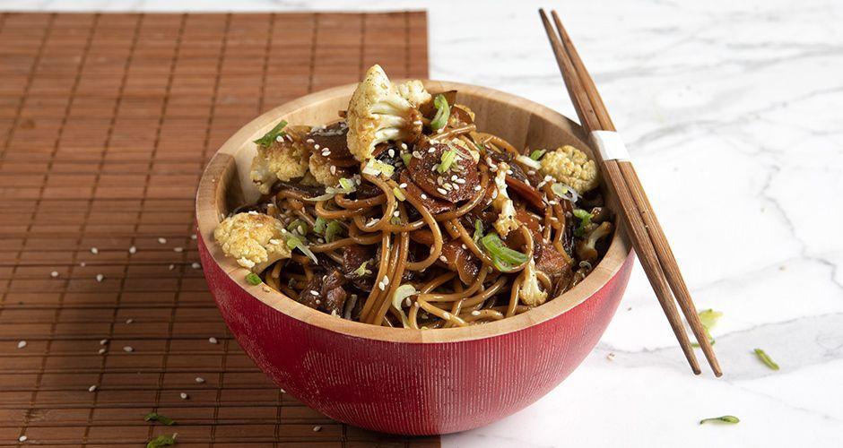 Vegetable stir fry with spaghetti