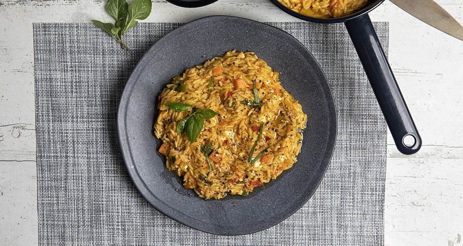 Whole-wheat orzo with tomato and basil