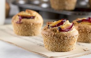 Recipe thumb 4 9 18 muffin me kinoa kai damaskina site