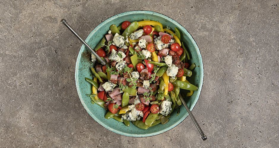 Warm green bean salad with blue cheese