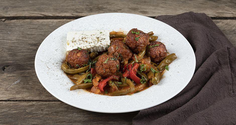 Pork meatballs and green beans