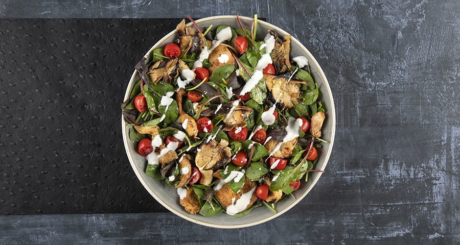 Chicken and mushroom spicy salad