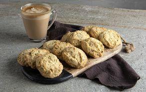 Recipe thumb cookies me fistikia aiginis