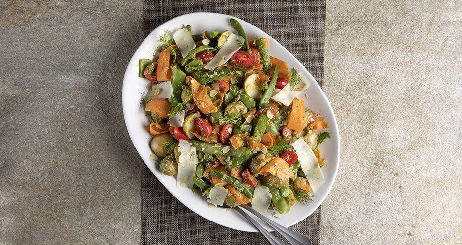 Green bean salad with dill pesto