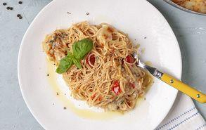 Recipe thumb spaghetti olikis me saltsa domatas
