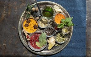 Recipe thumb spice it up mpaxarika  mirodika   sos   13 9 21   thumb