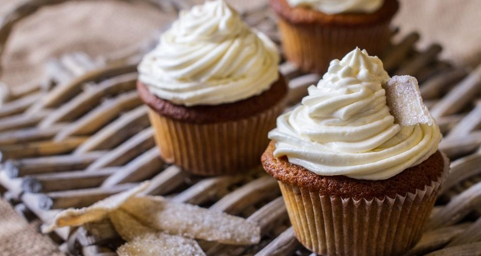 Spiced Pumpkin Cupcakes with Cream Cheese Honey Frosting