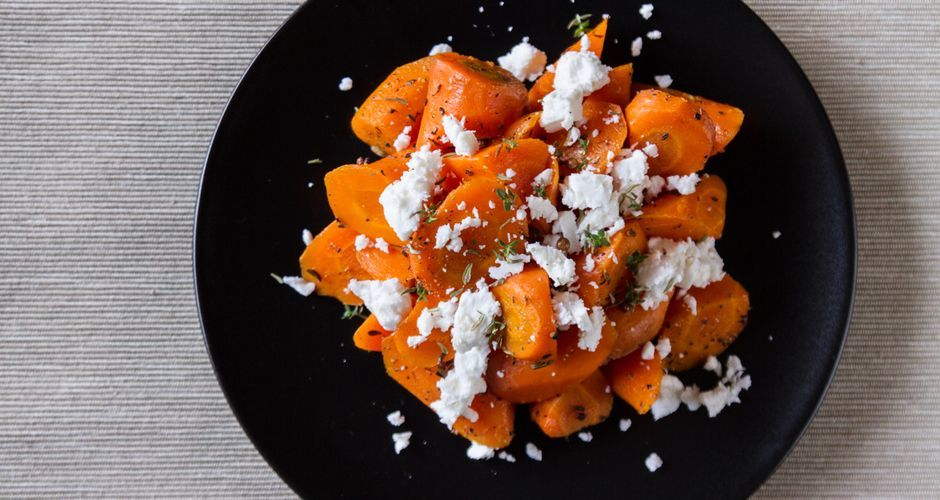 Aromatic carrot and feta cheese salad