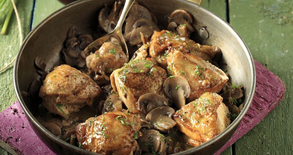 Chicken and mushrooms in a sweet wine sauce