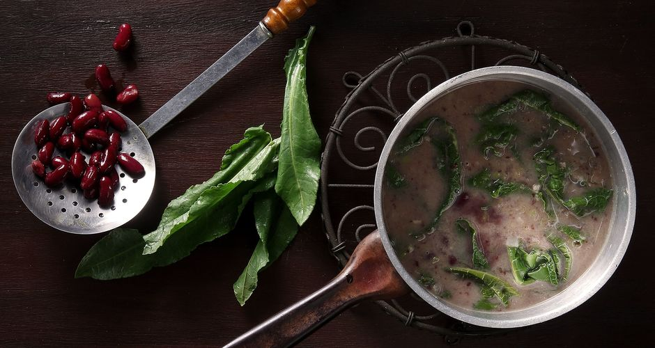 Sorrel and Kidney Bean Soup