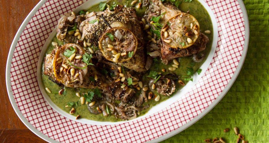 Ψητό κοτόπουλο με πράσινη σoς από ταχίνι