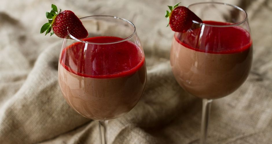 Chocolate mousse with strawberry sauce