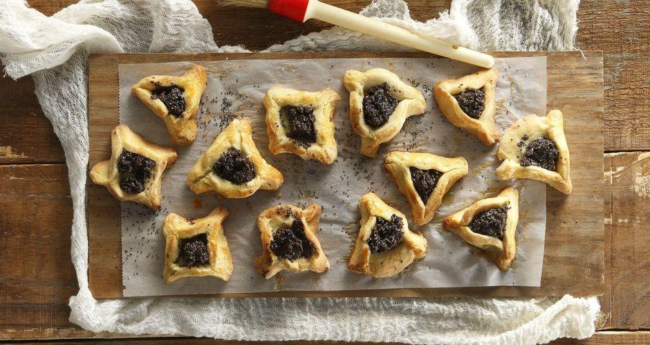 Poppy Seed Pies
