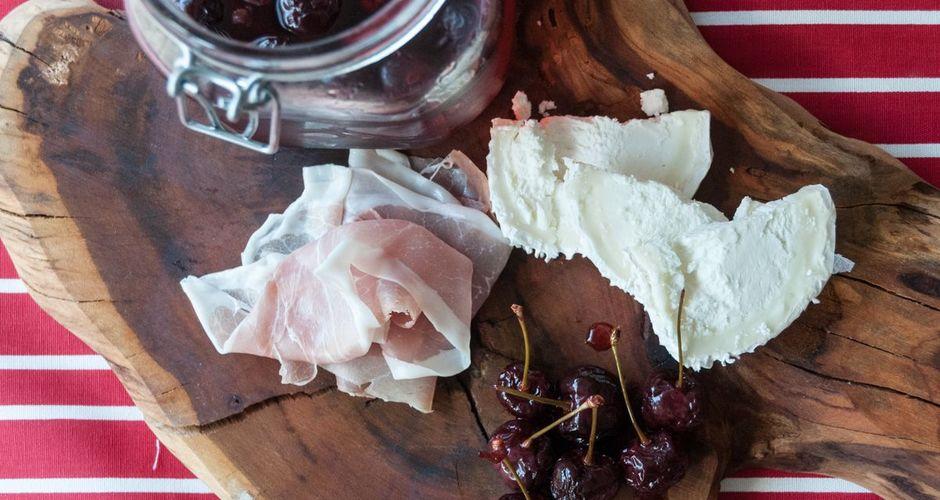 Κεράσια τουρσί