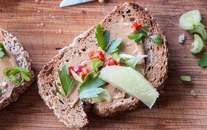 Recipe thumb akis petretzikis sriracha toast peanut butter 3