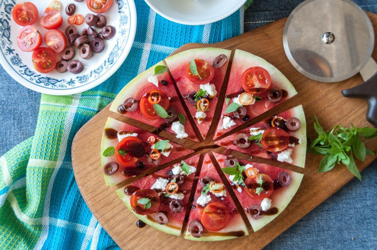Akis petretzikis almyri pizza karpouzi