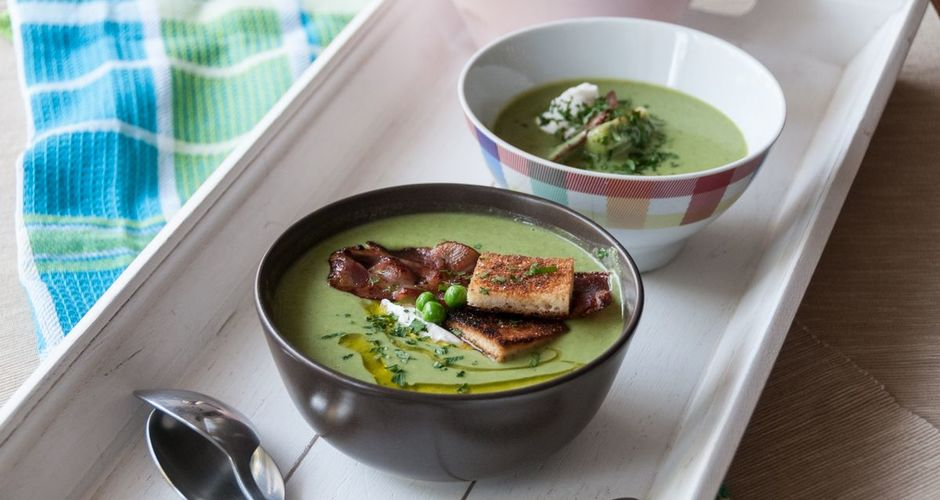 Velvet Pea Soup with Croutons and Crispy Bacon