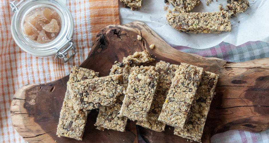 Nuts and Oats Bars