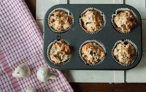 Recipe thumb akis petretzikis muffin me manitaria 2