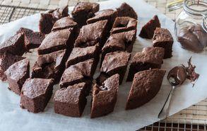 Recipe thumb akis petretzikis brownies diplis sokolatas