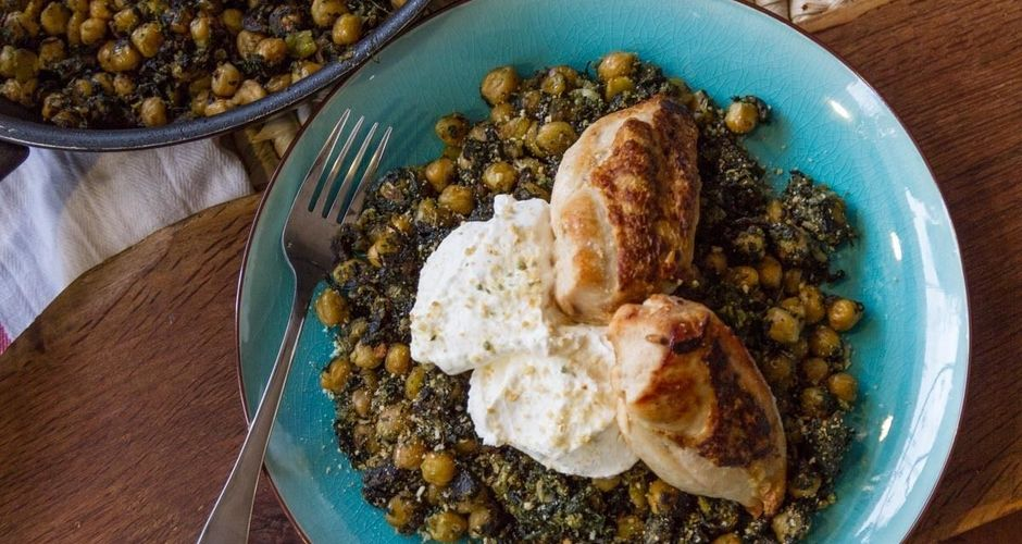 Greek Warm Spinach and Chickpea Salad with Sauteed Chicken