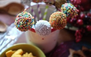 Recipe thumb cake pops