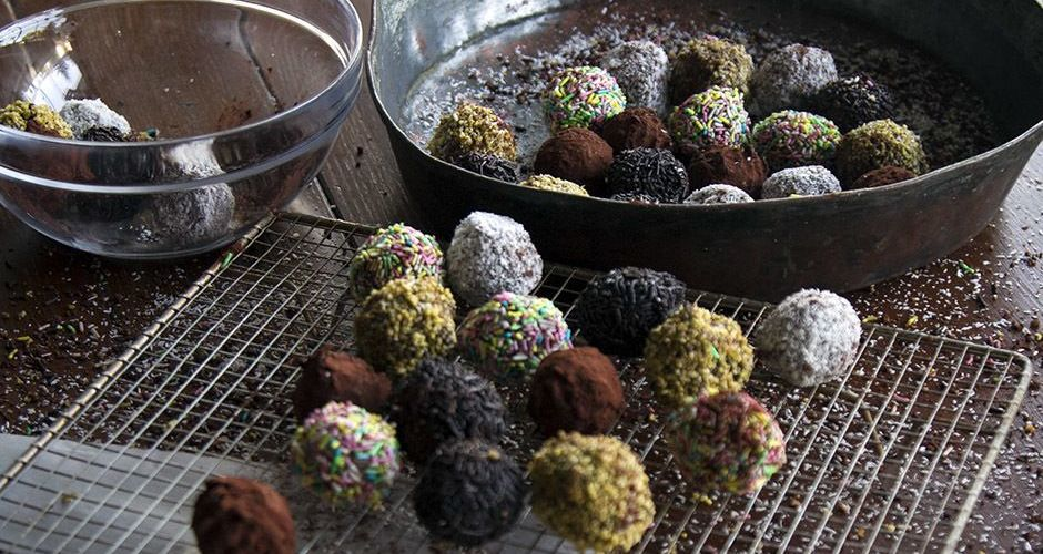 Milk and cookie truffles