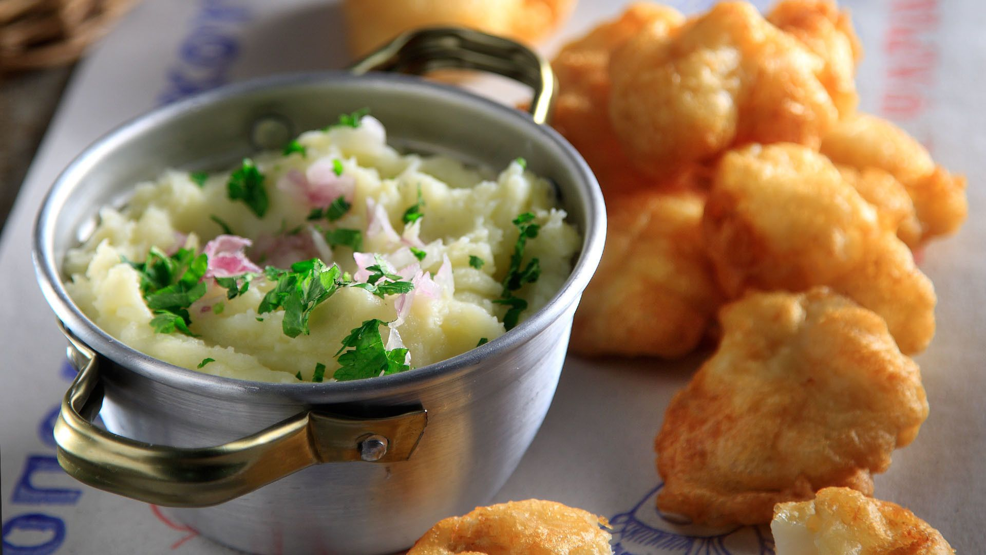 Greek potato and garlic dip - Skordalia Recipe | Akis Petretzikis