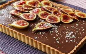 Recipe thumb akis petretzikis salted chocolate tart