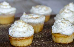 Recipe thumb akis petretzikis cupcakes karida