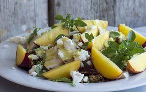 Recipe thumb akis petretzikis salata kotopoulo rodakino