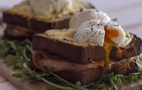 Recipe thumb akis petretzikis croque madame