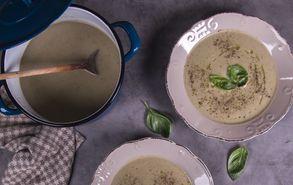 Recipe thumb akis petretzikis soupa melitzana