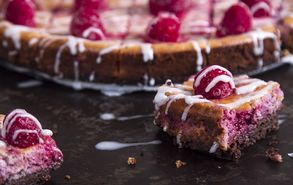 Recipe thumb akis petretzikis chocolate raspberry chessecake bars site