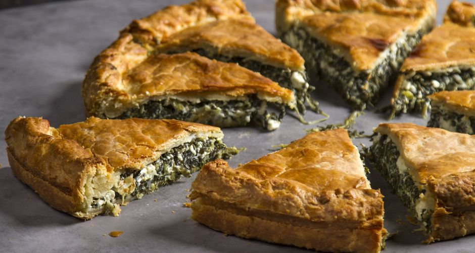 Greek spinach pie with homemade kourou dough - Spanakopita