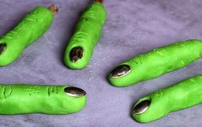 Recipe thumb akis petretzikis daxtila halloween mono xeria site