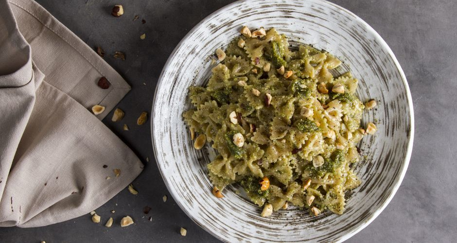 Vegetarian Whole Wheat Farfalle with Hazelnut Pesto