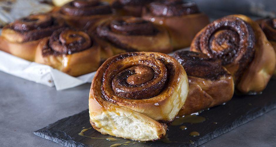 Recipe main akis petretzikis cinnamon rolls site