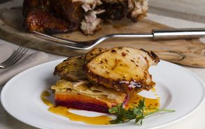 Recipe thumb akis petretzikis karamelomeno xoirino patates daufinoise site
