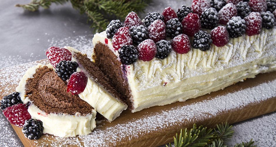 Christmas Log with Forest Fruit