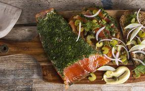 Recipe thumb akis petretziks salata solomos gravlax site
