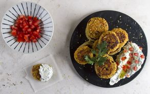Recipe thumb akis petretzikis falafel me cranberries site