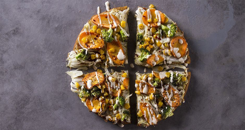 Quinoa pizza with finocchio and carrots